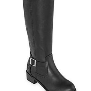 Black tall boots